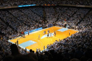 Duke-Carolina_basketball_tip-off_2006