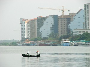 Traditional_and_Modern_-_Kochi_-_India_-_June_2008